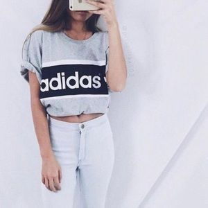 Tops - Adidas cropped top